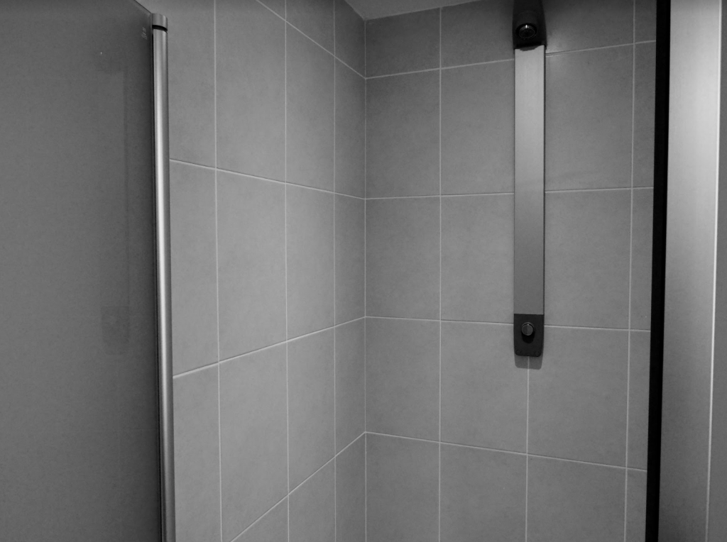 Creighan Contracts shower area